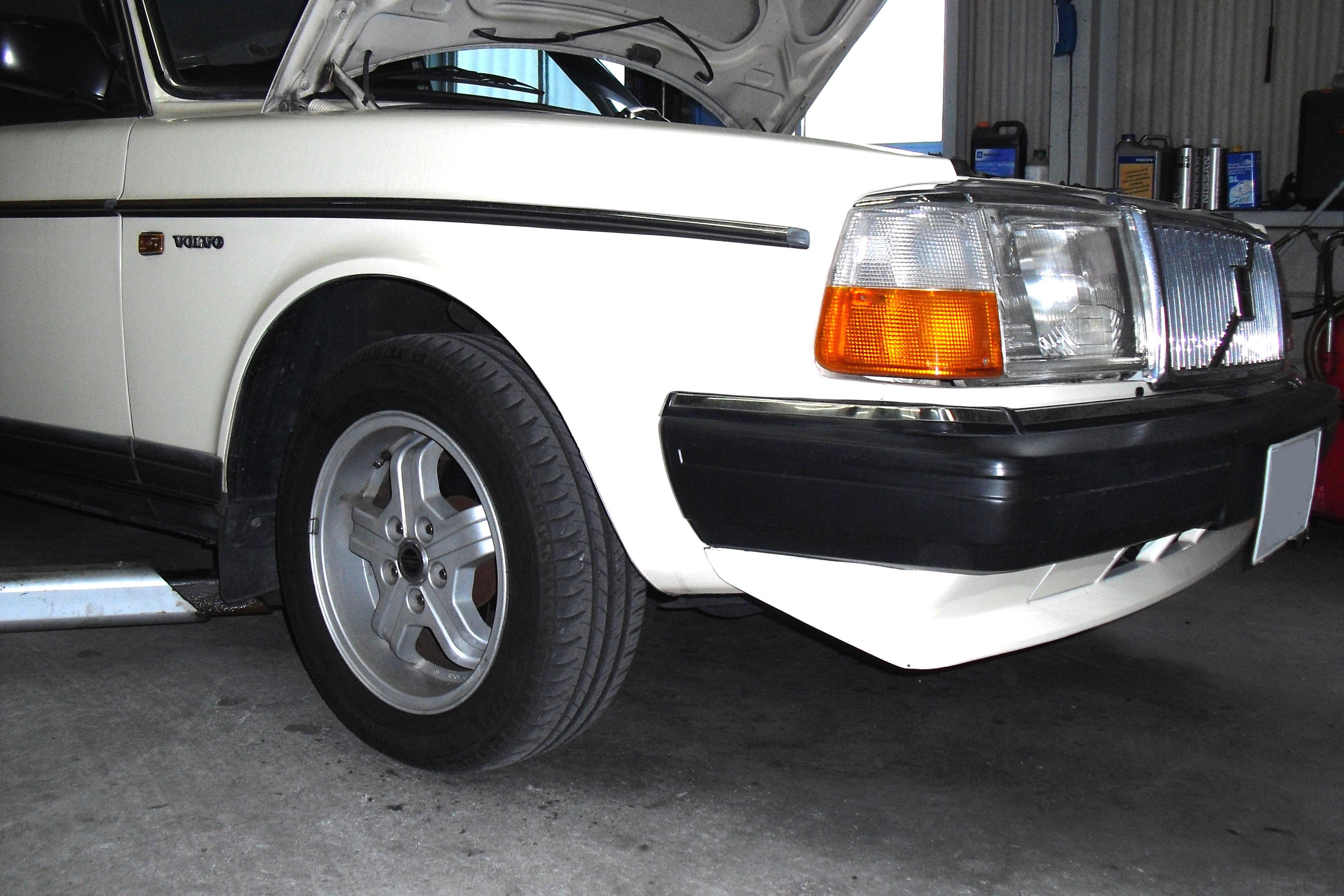 90年モデル 240セダン KYBショック+メルヴェダウンサス取付